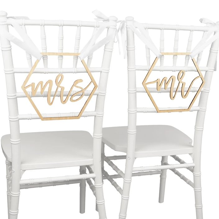 Mr. & Mrs. Chair Signs Wedding Decor Idea