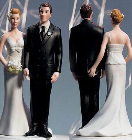 Love Pinch Comical Couple Porcelain Wedding Cake Topper
