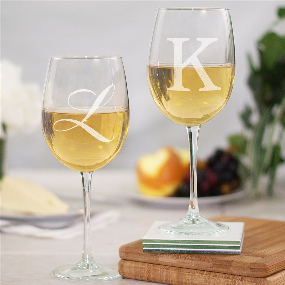 Engraved Couple's Initials Wine Glass Set Bridal Gift