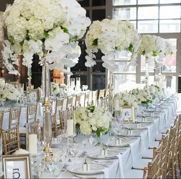 Blissfully Dreamy Wedding Clear Flower Stand Table Centerpieces