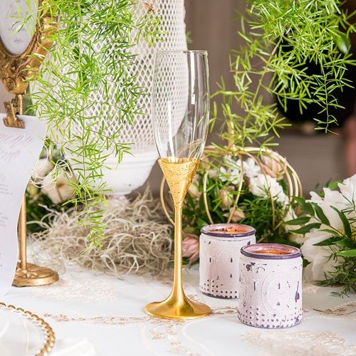Personalized Classic Gold Toasting Flutes