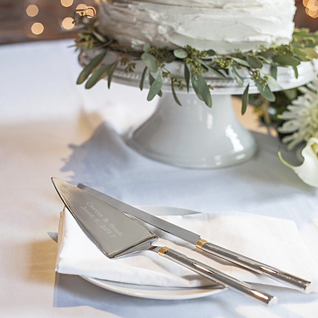Personalized Wedding Cake Serving Set