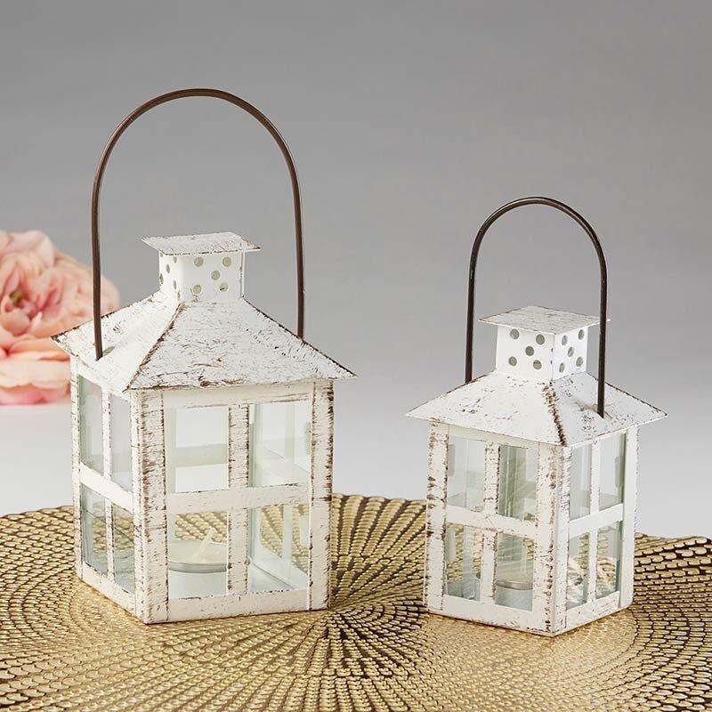 Distressed Lanterns Wedding Table Decor