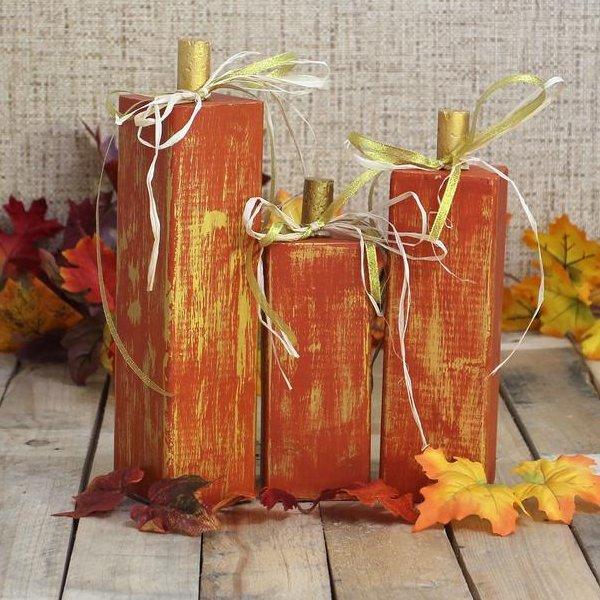 Wood Pumpkins Fall Wedding Table Decor