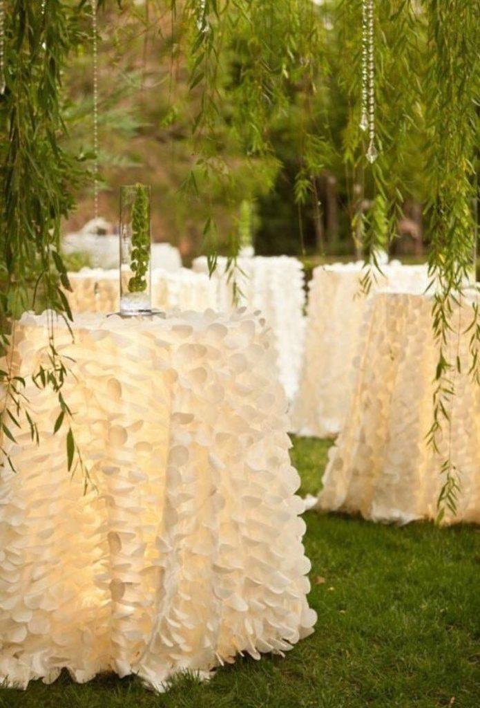 White Petal Tablecloth Romantic Wedding Table Decor