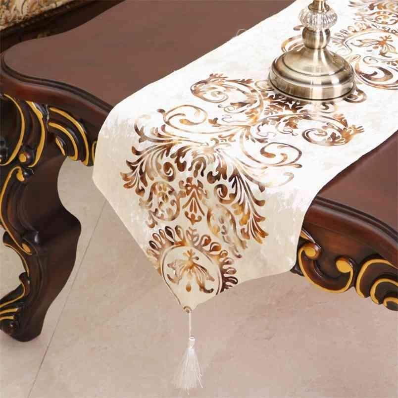 Baroque Velvet Table Runner