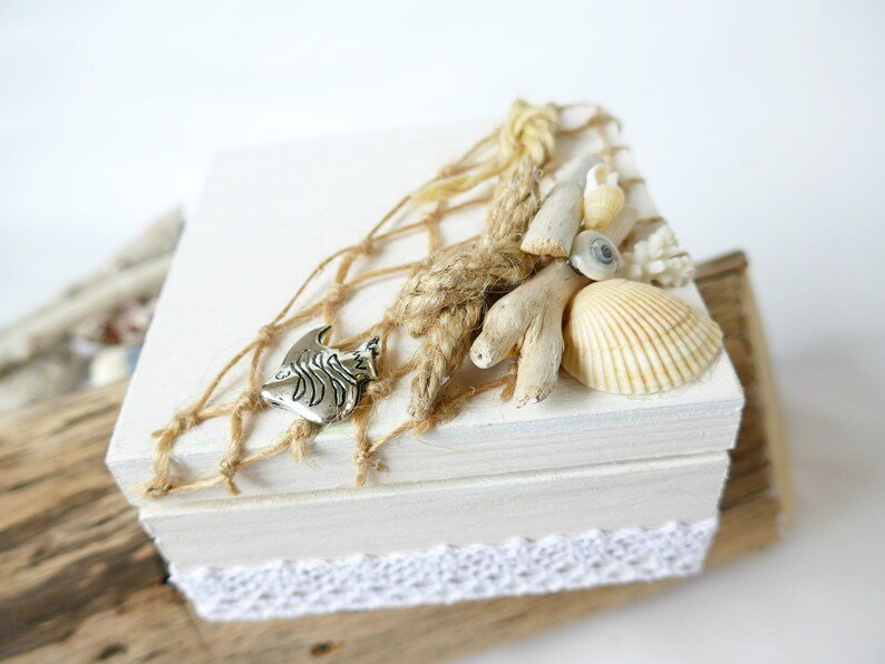 Driftwood Wedding Ring Box