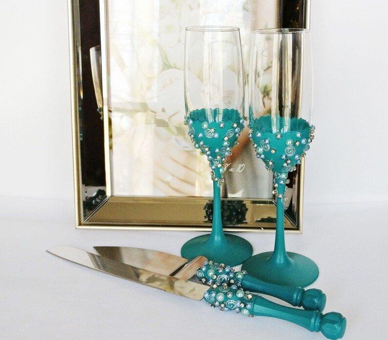 Teal Wedding Toasting flutes & Cake Server Set